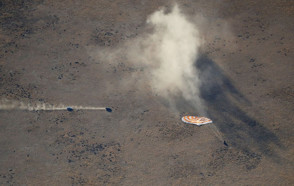 Hazza terbang ke ISS menggunakan roket Soyuz MS-15 pada 25 September silam. Ia adalah astronot pertama Uni Emirat Arab yang menyambangi ISS. Foto: Reuters
