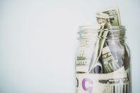 Petinju Mayweather Beri Tip Jutaan Rupiah Untuk Pegawai Restoran