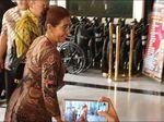 Gaya Lucu Bu Susi Saat Ditanya Kemungkinan Jadi Menteri Kembali