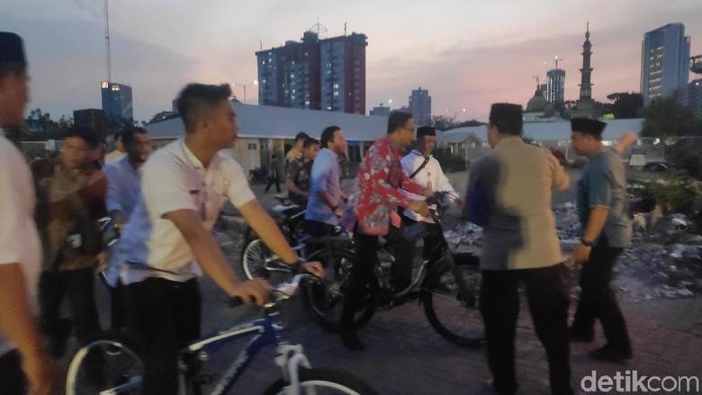 Naik Sepeda, Anies Hadiri Doa Bersama TNI-Polri untuk Indonesia