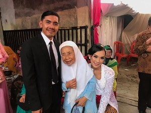 Cerita Pria Purwokerto Viral Nikah dengan Biaya Murah, Sakral & Berkesan