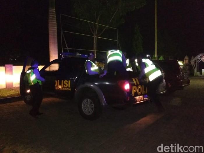 Patroli terkait isu penampakan pocong/Foto: M Rofiq