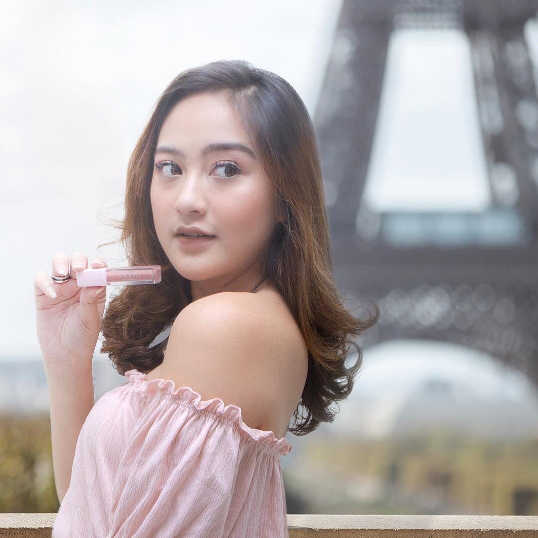lipstik artis indonesia