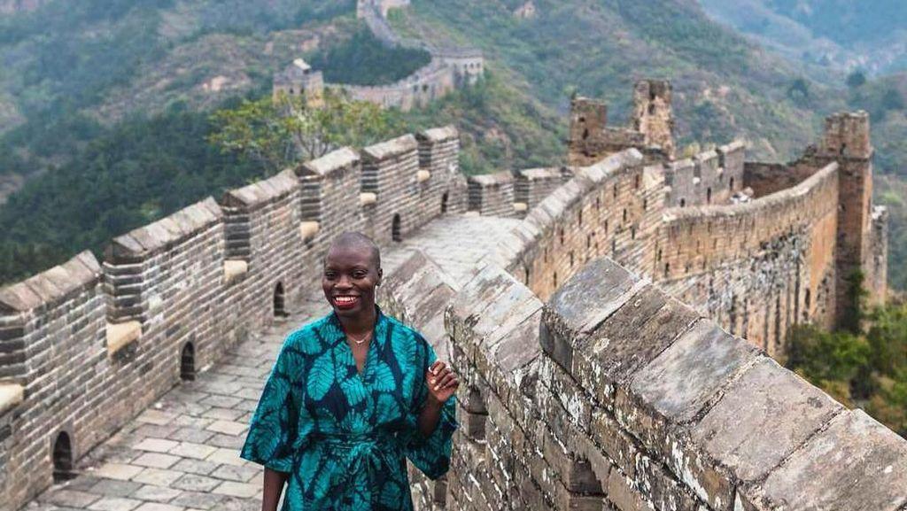 Lawan Rasisme, Wanita Kulit Hitam Ini Sudah Keliling Dunia