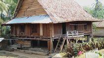Hanya Pakai Kayu, Rumah Adat di Desa Wisata Ini Usianya 200 Tahun