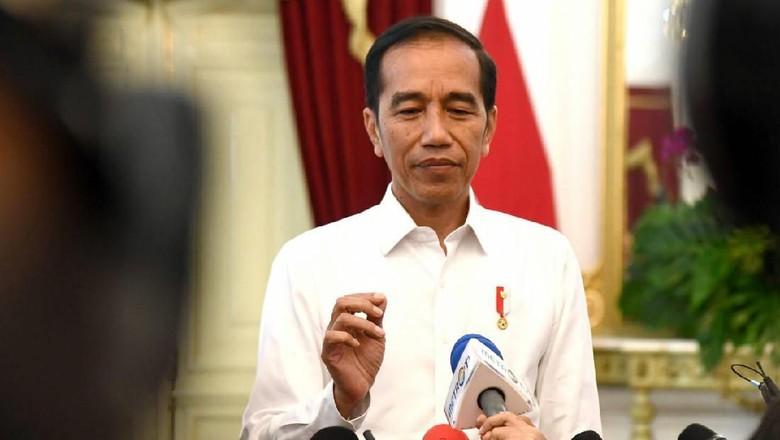 Ditanya soal Perppu KPK, Jokowi Diam Sambil Tersenyum