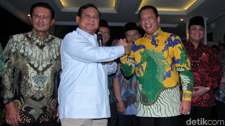 Salam Komando Prabowo dan Ketua MPR