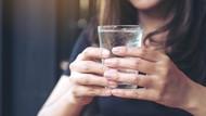 Minum Air Dingin Saat Cuaca Panas, Berbahayakah?