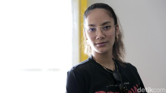 Tara Basro saat berkunjung ke kantor detikcom.