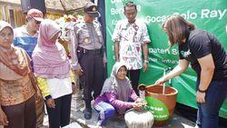 Antisipasi Kekeringan, Warga Desa Mondokan Dibuatkan Sumur Air