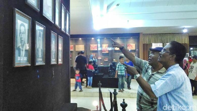 Wisatawan di Museum Kudus (Akrom Hazami/detikcom)