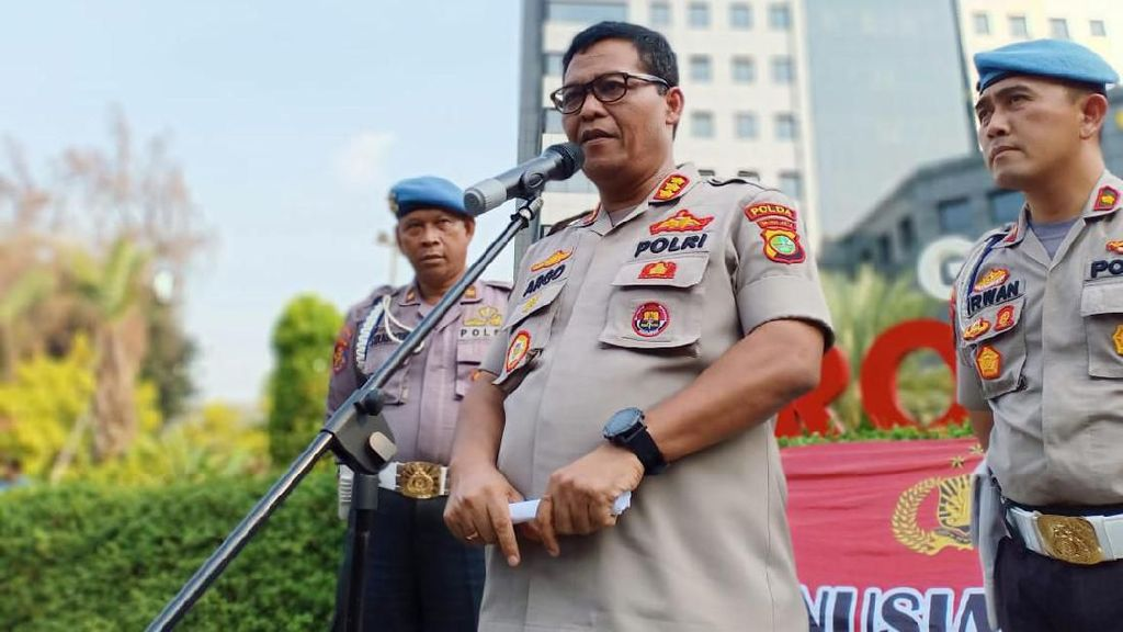 Kantor Polisi Se-Jakarta Dijaga Ketat Usai Bom Bunuh di Polrestabes Medan