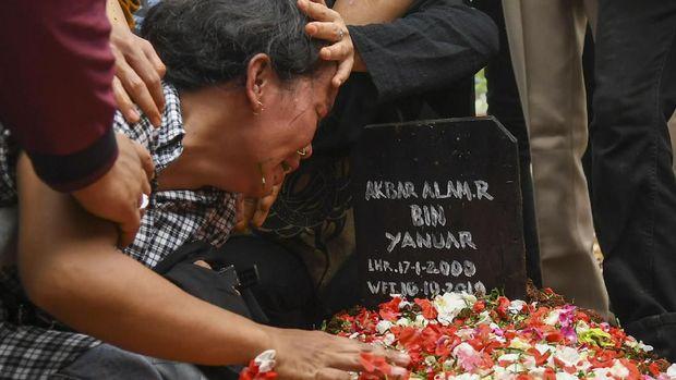 Polisi Akui Tetapkan Akbar Alamsyah Tersangka Aksi Ricuh DPR