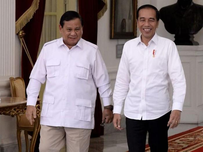 Jokowi dan Prabowo Subianto Jadi Saksi Pernikahan Atta dan Aurel