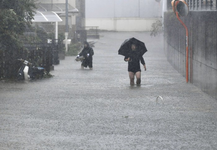 Banjir akibat topan Hagibis di Jepang. Foto: Reuters