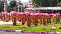 Potret Meriahnya Upacara Peringatan HUT Ke-74 Jawa Timur