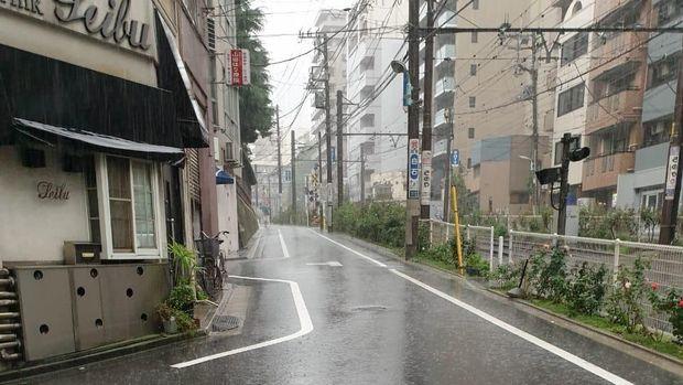Suasana dekat Stasiun Otsuka (istimewa)