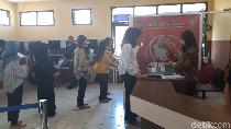 Dengan SIMANIS, Wanita di Malang Cuma Butuh 15 Menit untuk Urus SIM