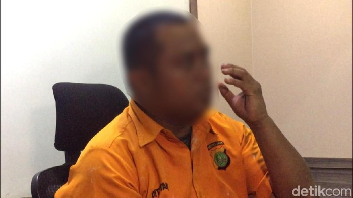 Abdul Basyir Mokodongan, sosok pria bersuara berat di balik video interogasi yang viral di medsos. (dok. detikcom)