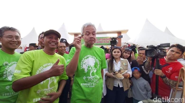 Gubernur Ganjar Ingin Pesan Mobil Esemka Khusus Angkutan Sampah