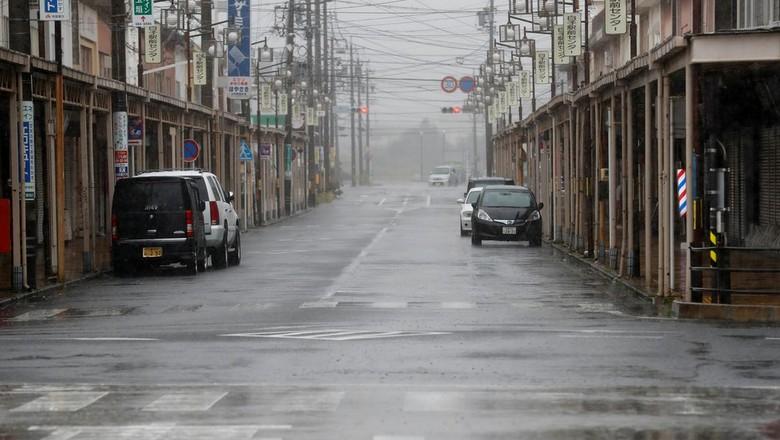 Topan Super Renggut 1 Nyawa di Jepang, 1,6 Juta Orang Diserukan Mengungsi