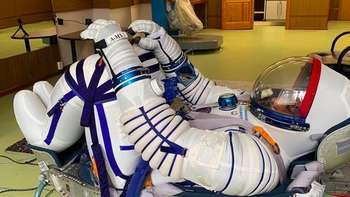 Latihan Intensif Astronot Arab Sebelum Lihat Bumi Bulat