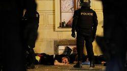 Fans Inggris Bikin Rusuh di Praha, 14 Orang Ditangkap Polisi
