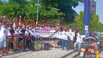 Dukung Pelantikan Jokowi, Ratusan Pengemudi Bentor Madiun Keliling Kota