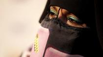 Crosshijaber, Ini 5 Fakta Pria Berhijab Syari dan Masuk Masjid