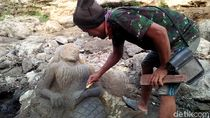 Air Surut, Batuan Sungai Dipahat Jadi Patung