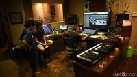 Ada juga sebuah studio tempat Anang berkarya. Foto: (Foto: Hanif Hawari/detikcom)