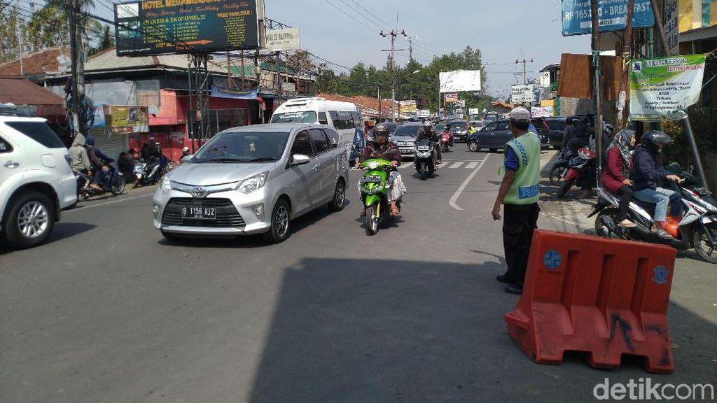 Polisi: Sistem 2-1 di Puncak Bukan untuk Hilangkan Kemacetan