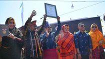 Kota Bima Pecahkan Rekor MURI Pakaian Adat Rimpu Terbanyak