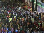 Ribuan Warga Nikmati Kuliner Gratis dalam Pesta Rakyat HUT Jatim