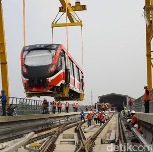 Menhub Sebut LRT Jabodebek Beroperasi Penuh 2021
