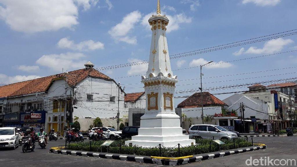 Melihat Hari Tanpa Bayangan di Tugu Pal Putih Yogyakarta