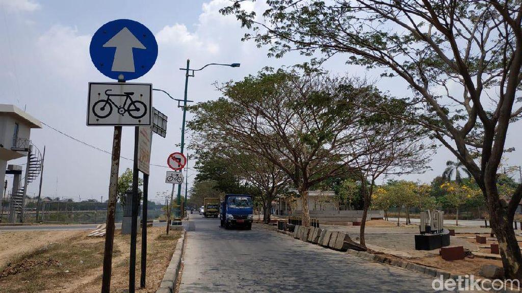 Jalur Sepeda yang Terlupakan di Kanal Banjir Timur Jakarta (2)