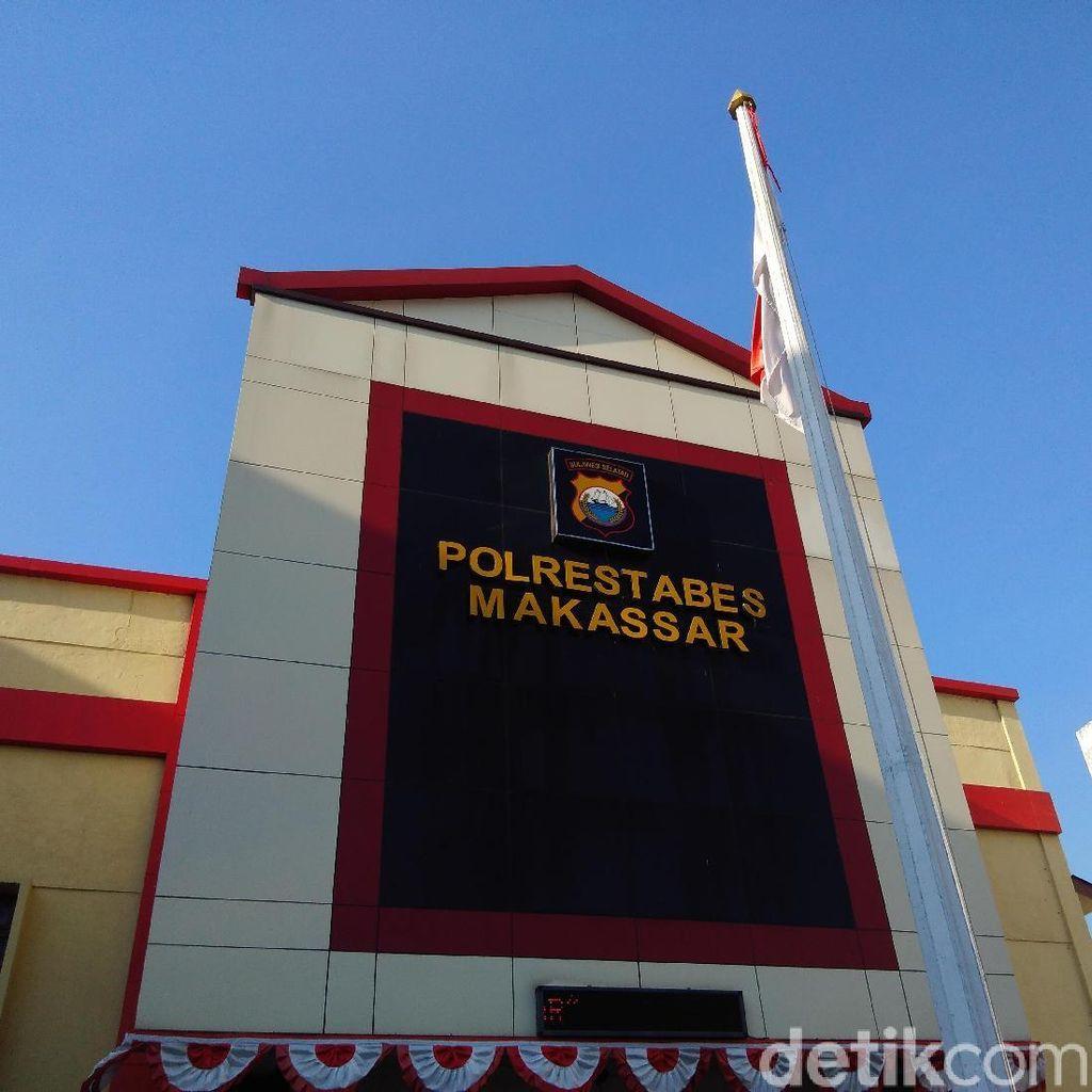 Eks Kabiro Jumras Minta Maaf ke Gubernur Sulsel di Kantor Polisi