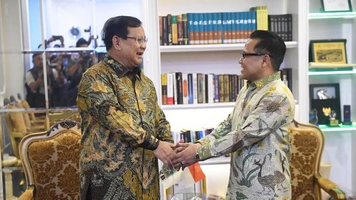 Pertemuan Prabowo Subianto dan Cak Imin (Antara Foto/Akbar Nugroho Gumay)