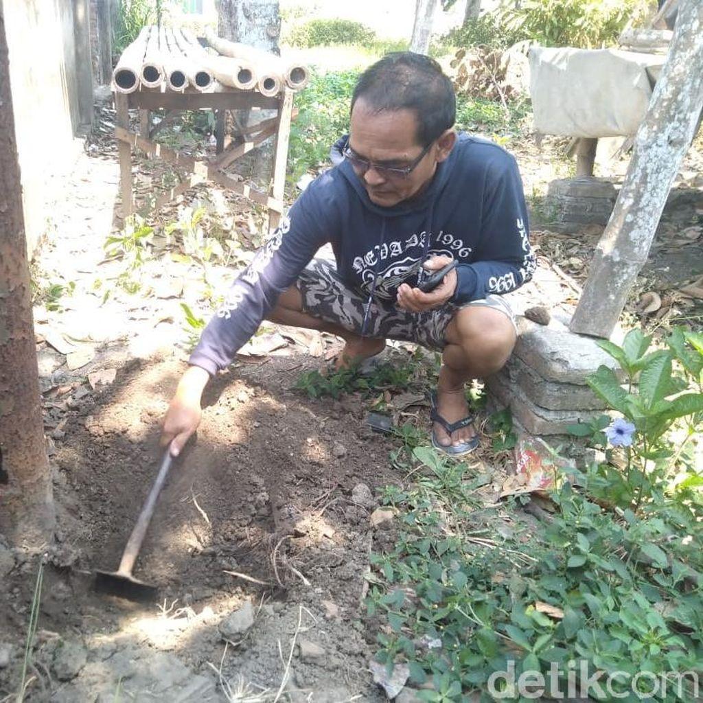 Tanah Berasap di Jombang Ternyata Akibat Kabel PJU Terkelupas