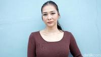 Bagaimana, ada yang rindu Mey Chan tampil bersama Maia Estianty?Pool/Palevi S/detikFoto.