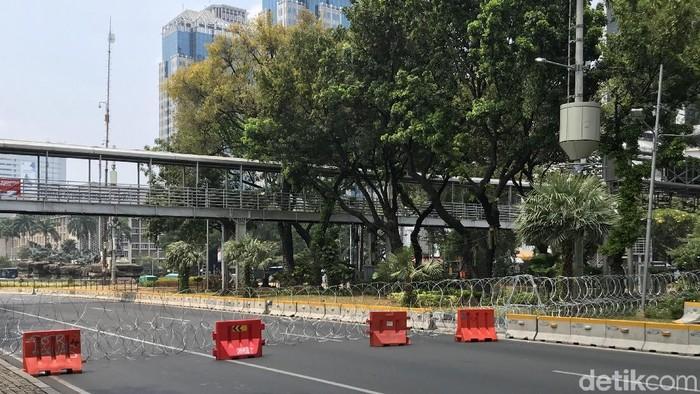 Foto: Penutupan lalin di sekitar Istana Merdeka (Rolando/detikcom)