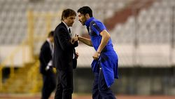 Buffon Tak Bisa Marah ke Conte Karena Tangani Inter