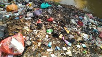 Sampah Menumpuk di Bawah Flyover Cibinong, Lurah Pabuaran: Itu Orang Luar