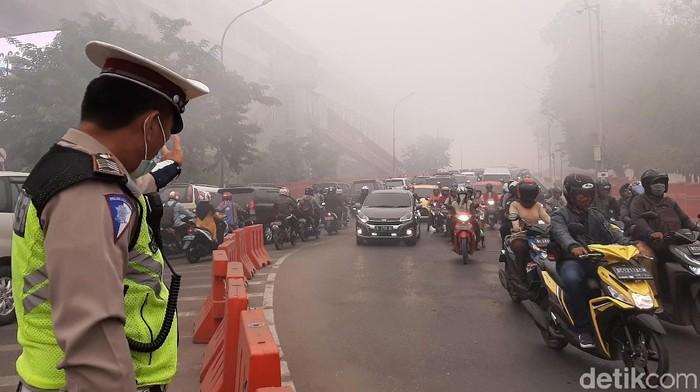 Ilustrasi kabut asap. Foto: Raja Adil Siregar