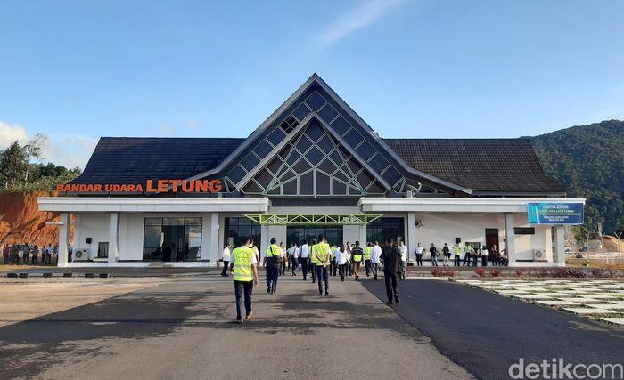 Budi Karya mengatakan, Anambas merupakan pulau bagian paling utara di Indonesia. Untuk itu, pembangunan infrastruktur pendukung seperti bandara sangat penting guna meningkatkan konektivitas.