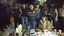 Tim Densus 88 Amankan Tukang Reparasi Terduga Terlibat JAD di Cirebon