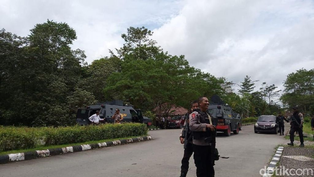 Polisi Sebut Pria Diduga Provokator Blokir Jalan di Timika Mau Jadi Pahlawan