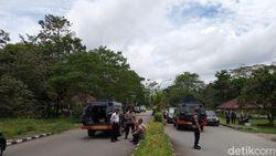 Lepas Tembakan Peringatan, Polisi Bubarkan Pelajar Timika Pemblokir Jalan