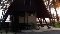 Masih ada dan dijaga keasliannya, kamar Cenderawasih yang dibuat bergaya Papua itu juga dapat dikunjungi dan diinapi oleh pengunjung. Sekalian napak tilas (dok Pulau Ayer)